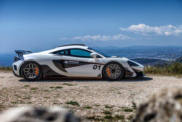 Der McLaren 570S erhielt ein neues Aero-Kit - Foto: Prior Design