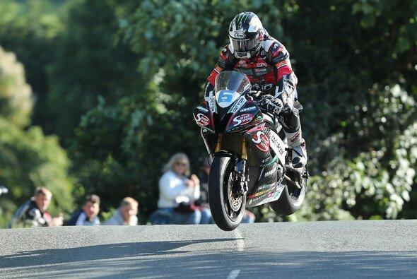 Michael Dunlop kann nun auf 18 TT-Siege zurückblicken - Foto: Isle of Man TT