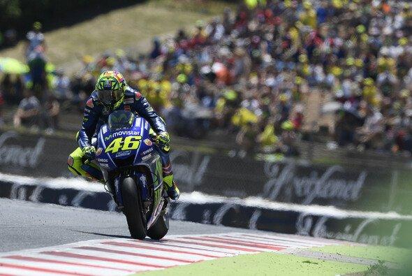 Valentino Rossi holte sich die erste MotoGP-Bestzeit des Wochenendes - Foto: Yamaha