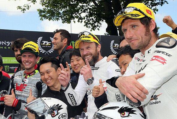Guy Martin gibt den Rennsport auf - Foto: Dunlop