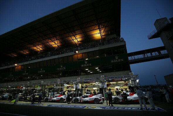 Toyota verlor seine Siegchancen auf dramatische Weise an der Box - Foto: Toyota