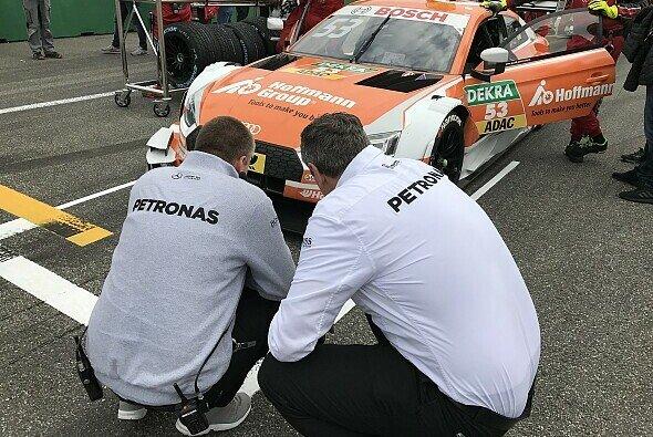 Schon beim DTM-Auftakt in Hockenheim hatte Mercedes Greens Audi genau untersucht - Foto: Motorsport-Magazin.com