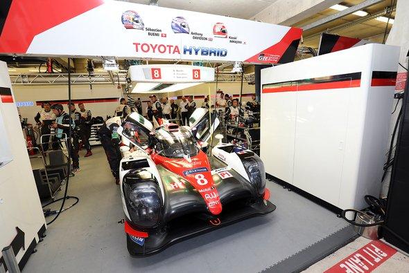 Toyota und Le Mans: Technisch einfach keine Liebesgeschichte - Foto: Speedpictures