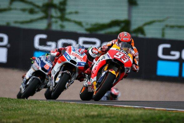 Marc Marquez setzte sich auf dem Sachsenring erneut gegen die Konkurrenz durch - Foto: Tobias Linke