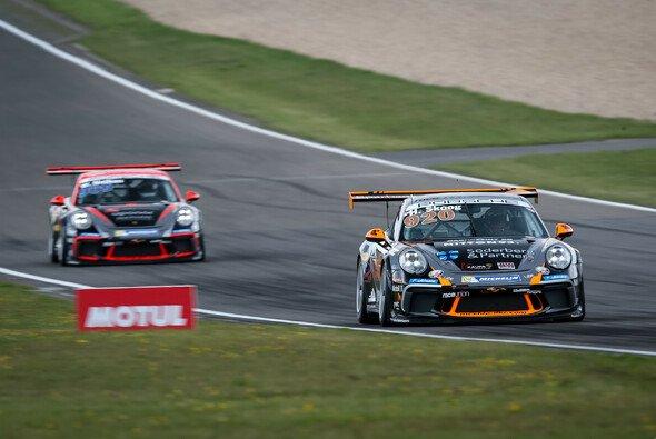 Erstes Podium im Porsche Carrera Cup für Henric Skoog - Foto: Gruppe C GmbH