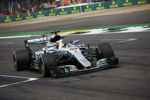 Lewis Hamilton gewann sein Heimrennen zum fünften Mal - Foto: LAT Images