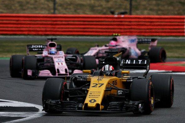 Die Force India waren für Renaults Nico Hülkenberg in Silverstone keine Gegner - Foto: Renault