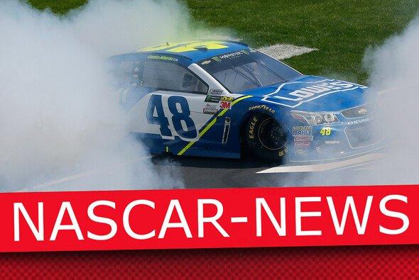 Donuts gehören zur NASCAR wie Lucky Dogs und die Victory Lane - Foto: Motorsport-Magazin.com