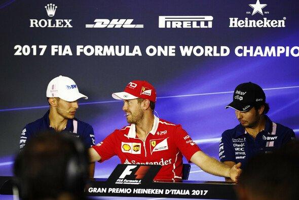 Chef-Mediator Sebastian Vettel als Schlichter zwischen Force India-Streithähnen Esteban Ocon und Sergio Perez? - Foto: LAT Images