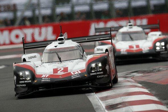 Porsche startet in Fuji aus Reihe eins - Foto: Porsche