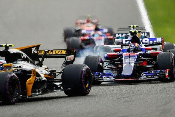 Sitzt Carlos Sainz schon beim Malaysia GP im Renault? - Foto: LAT Images