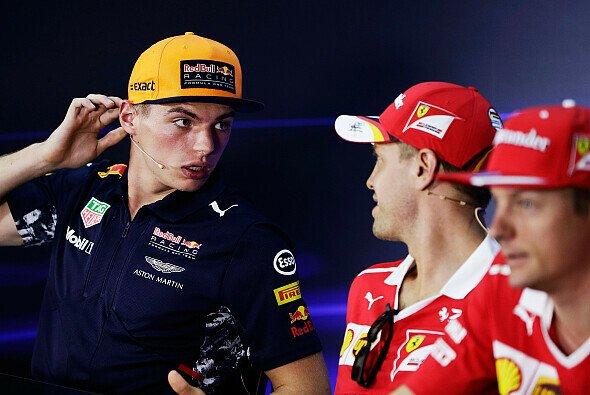 Sebastian Vettel, Max Verstappen und Kimi Räikkönen trafen sich in Malaysia wieder - Foto: LAT Images