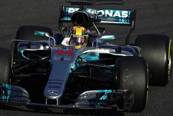 Lewis Hamilton (Mercedes) gewinnt das Formel-1-Rennen in Japan, Suzuka - Foto: LAT Images