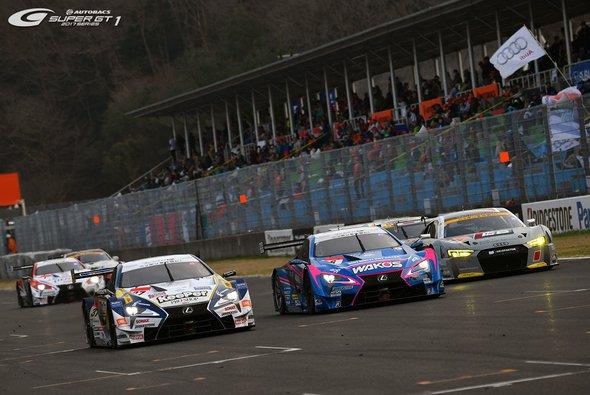 Beim DTM-Finale in Hockenheim sind die Rennwagen aus der Super GT erstmals zu Gast - Foto: Super GT