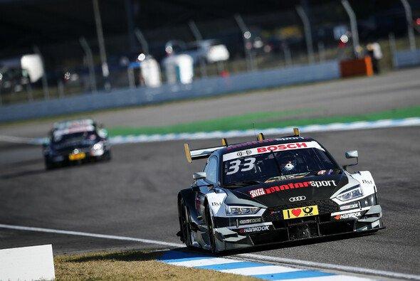DTM-Meister Rene Rast fährt auch 2018 mit der Nummer 33 auf seinem Audi - Foto: DTM