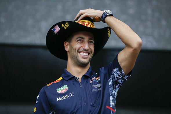 Daniel Ricciardo hat in Austin Hoffnung, es mit Lewis Hamilton und Sebastian Vettel aufnehmen zu können - Foto: LAT Images