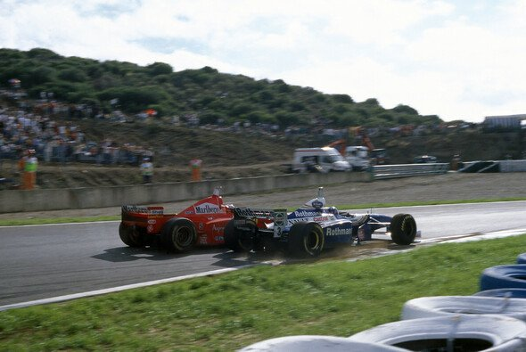 Jacques Villeneuve schildert nach 20 Jahren seine Erinnerungen an das WM-Duell mit Michael Schumacher in Jerez - Foto: LAT Images