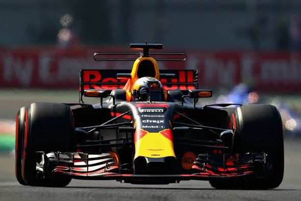 Red Bull scheint Mercedes und Ferrari auch in Mexiko herausfordern zu können - Foto: Red Bull