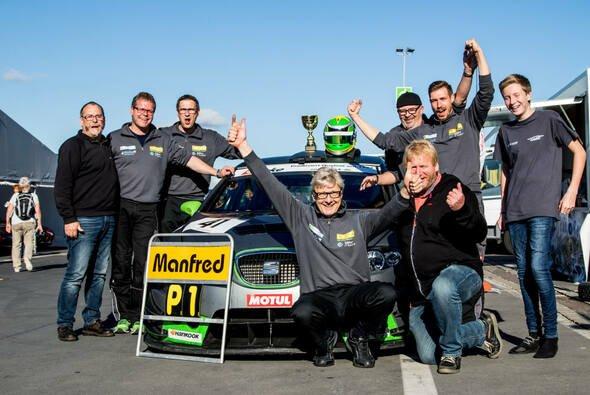 Titel für Manfred Lewe - Foto: Cup- und Tourenwagen Trophy