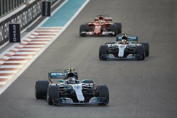 In Abu Dhabi bot sich an der Spitze das vielleicht langweiligste Formel-1-Rennen 2017 - Foto: LAT Images
