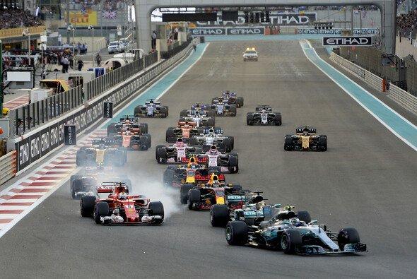 Der Abu Dhabi GP startet traditionell in der Abenddämmerung - Foto: Ferrari
