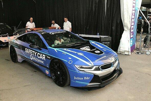 Der BMW i8 kommt in der Formel E als Safety Car zum Einsatz - Foto: Motorsport-Magazin.com