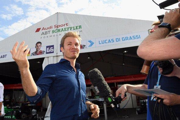 Nico Rosberg war beim Formel-E-Auftakt in Hongkong zu Gast - Foto: LAT Images