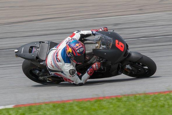 Stefan Bradl ist zurück auf einer MotoGP-Honda - Foto: Stefan Bradl