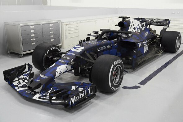 Neuer Lack-Look beim RB14 - Foto: Red Bull