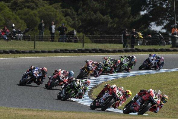 Im zweiten Lauf auf Phillip Island wurde ordentlich gekämpft - Foto: Kawasaki