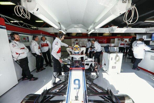 Sauber startet in der Formel-1-Saison 2018 ohne Pascal Wehrlein - Foto: Sauber