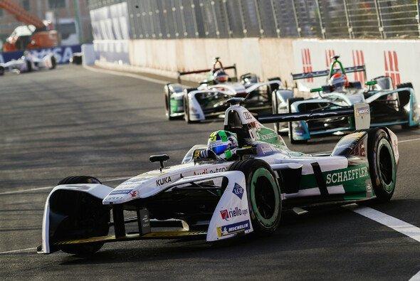 Lucas di Grassi ist der Mega-Pechvogel der Formel-E-Saison 2017/18 - Foto: LAT Images