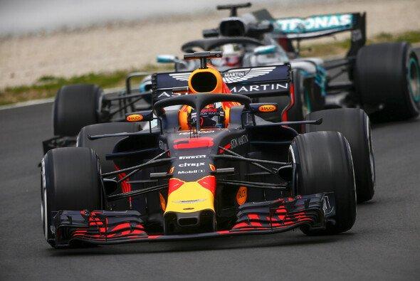 Red Bull in Australien vor Mercedes? Für Formel-1-Weltmeister Lewis Hamilto gut möglich - Foto: LAT Images