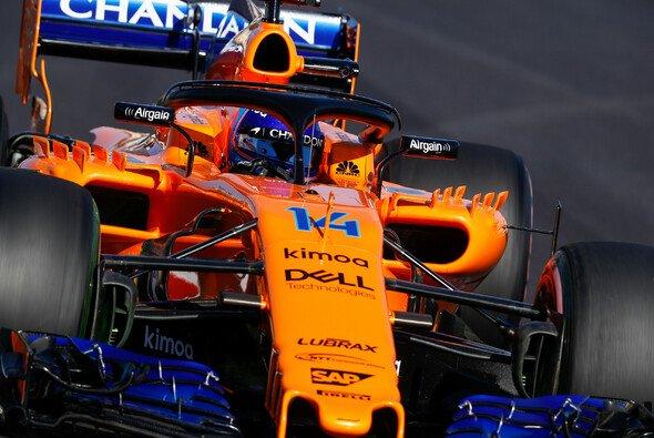 McLaren kommt auch am sechsten F1-Testtag in Barcelona nicht schadlos davon - Foto: LAT Images