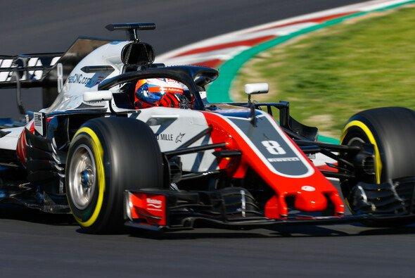 Romain Grosjean wird endlich warm mit den Bremsen an seinem Haas-F1-Boliden - Foto: LAT Images