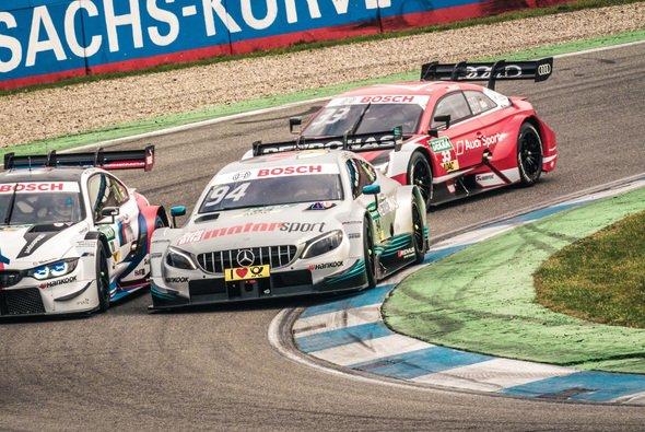 Gerhard Berger wünscht sich Profi-Privatteams für die Zukunft der DTM - Foto: Daimler AG