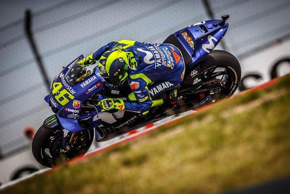 Auf Valentino Rossi und das gesamte Yamaha-Team wartet wohl noch viel Arbeit - Foto: gp-photo.de/Ronny Lekl