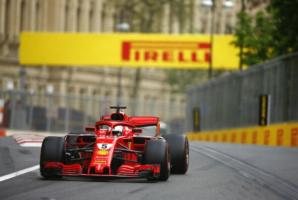 Ferrari hat für das Rennen in Baku konservativer Reifen gewählt als Mercedes und Red Bull - Foto: LAT Images