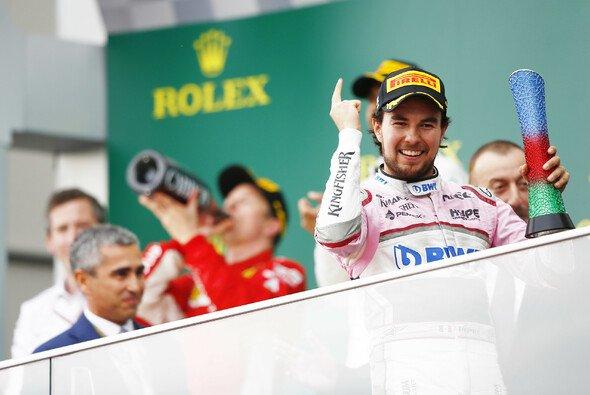 Sergio Perez stand 2018 in Baku zuletzt am Podium, auf dieses will Racing Point in Zukunft wieder steigen - Foto: LAT Images