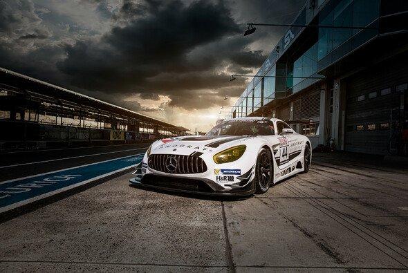 Auf dem Nürburgring geht es zur Sache - Foto: Gruppe C Photography