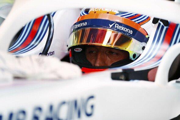 Robert Kubica gab am Trainingsfreitag der Formel 1 in Barcelona sein Comeback an einem GP-Wochenende - Foto: LAT Images
