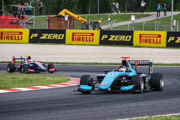 Erster Top-6-Platz im ersten Rennen in Barcelona - Foto: Paolo Pellegrini