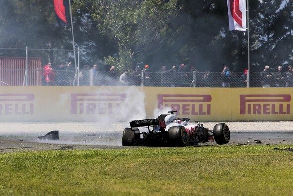 Romain Grosjean war 2018 öfters auffällig, und wurde dafür mit Strafen belohnt - Foto: LAT Images