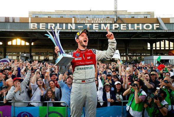 Historisch: Abt holt den Grand Slam in Berlin - Foto: LAT Images