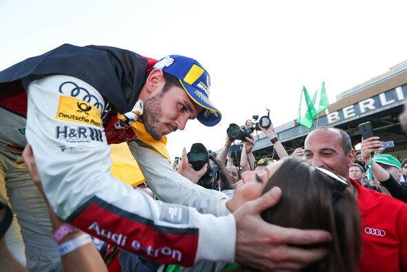 So freute sich Daniel Abt nach dem Sieg beim Heimrennen in Berlin - Foto: LAT Images