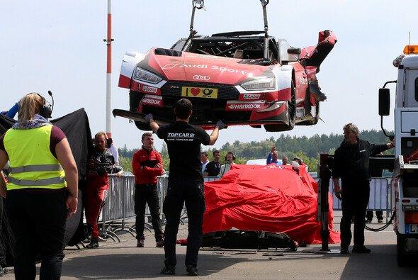 Audi erlebt einen ktastrophalen Start in die DTM-Saison 2018 - Foto: LAT Images