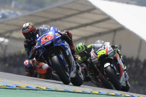 Maverick Vinales musste sich in Le Mans im Mittelfeld herumschlagen - Foto: Yamaha