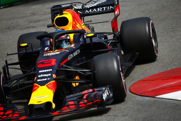 Daniel Ricciardo und Red Bull liefern in Monaco stark ab - Foto: LAT Images
