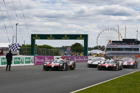 Toyota sicherte sich den ersten Sieg in Le Mans - Foto: LAT Images