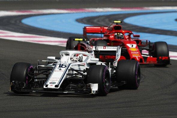 Tauschen Charles Leclerc und Kimi Räikkönen 2019 einfach ihre Sauber- und Ferrari-Cockpits? - Foto: LAT Images